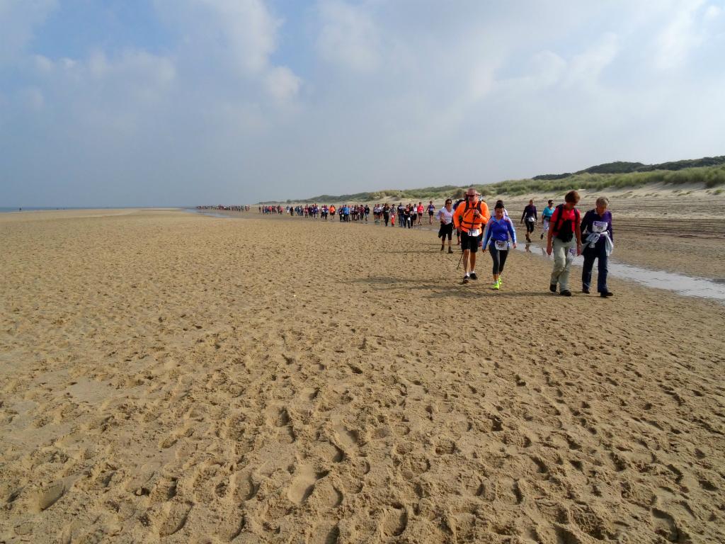 Wandel Kustmarathon Zeeland Strand 2
